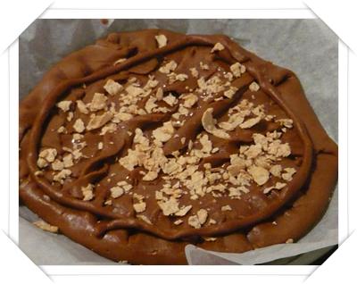 Crostata al cioccolato prima di essere infornata