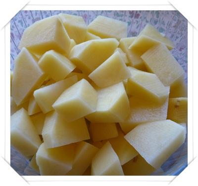 Contorno: come cucinare la patate lesse al microonde
