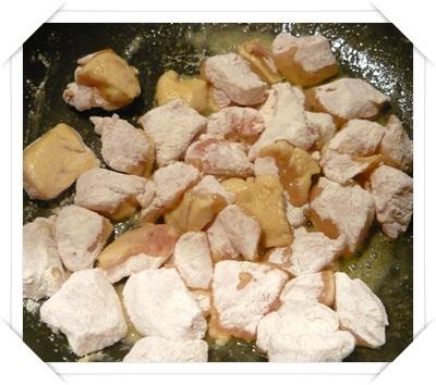 Pollo infarinato