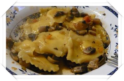 Tortelli con salsa di funghi