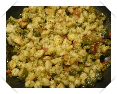 Gnocchetti con verdure e pesto